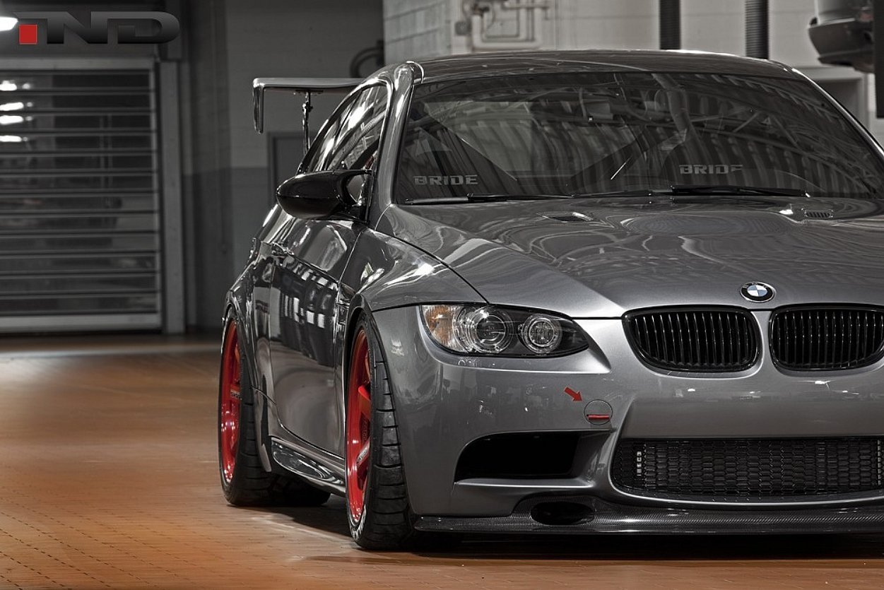 Color car with most accidents - Grey Bmw