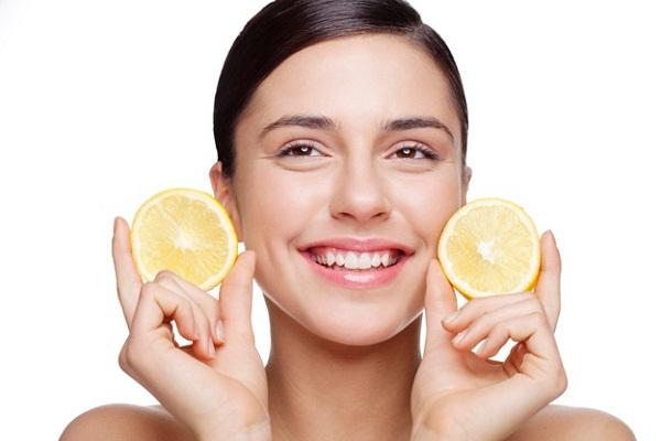 Lemon juice skin care