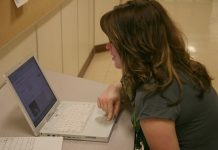 Over- chat online is linked to depression